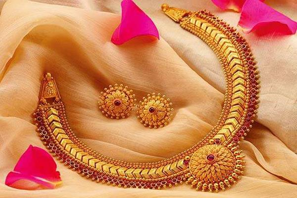 hallmarking of gold will be mandatory across the country government approved