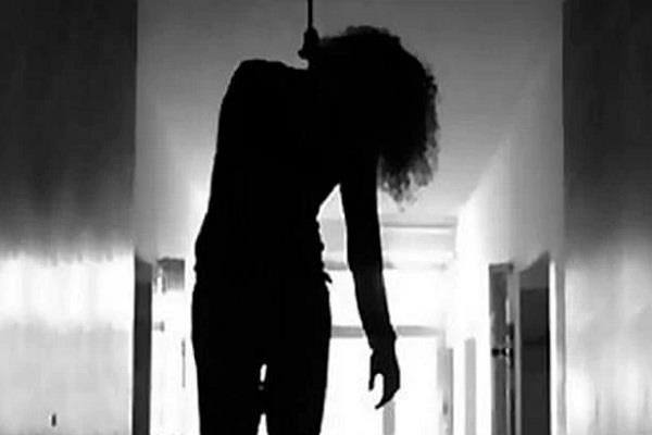 8th girl student commits suicide
