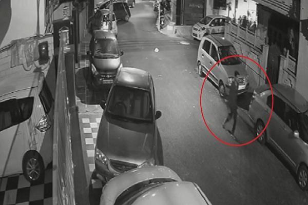 delhi police spider man rahul cctv footage