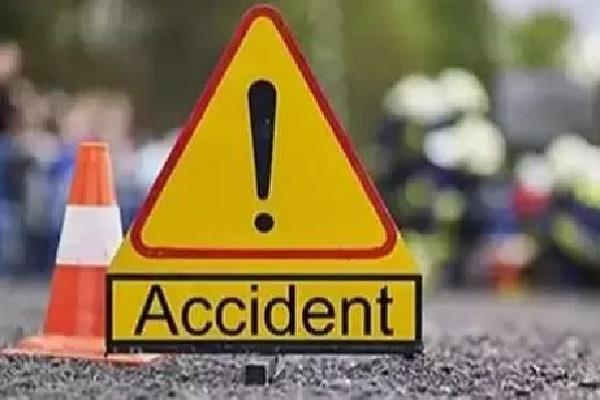 4 road accidents in 12 hours 7 including 4 women died