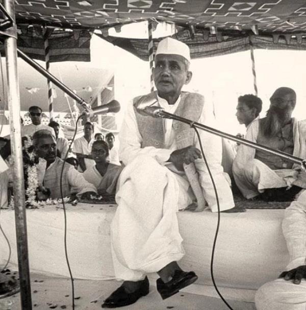 when lal bahadur shastri told nehru will not go to kashmir