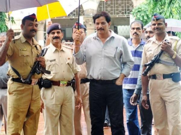 former police officer and shiv sena candidate pradeep sharma property