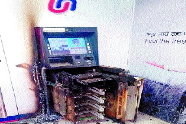 atm filled with millions of rupees thieves bitten