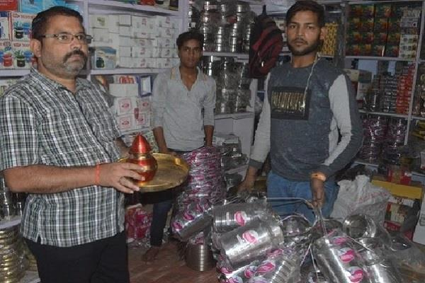 pottery markets started decorating on dhanteras