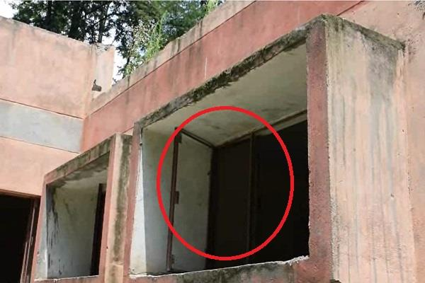 pnb rcetti building built at a cost of crores ruins