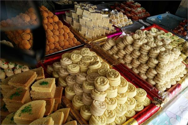 glut of fake khoya and sweets in festive season