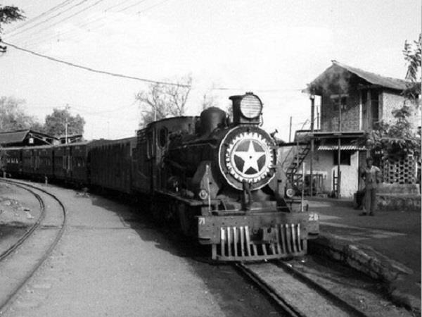 scindia demands cm to run metro in gwalior