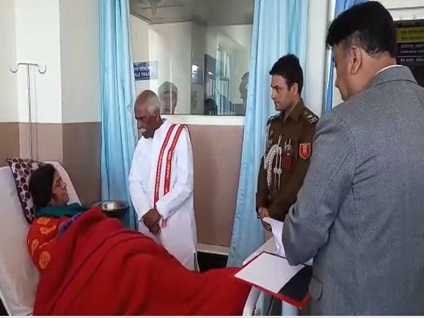 governor patients arrive at surprise inspection deendayal upadhyay hospital