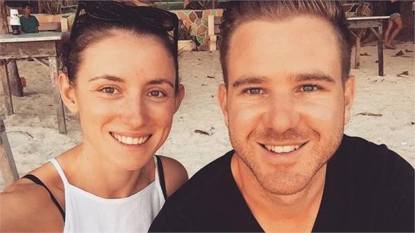 australian uk blogger couple freed from iran jail