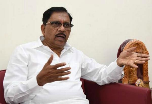 income tax department raid in former deputy cm of karnataka
