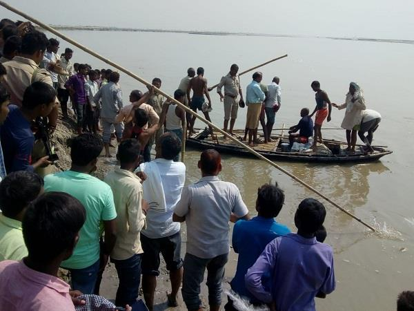 big boat accident in santakbirnagar