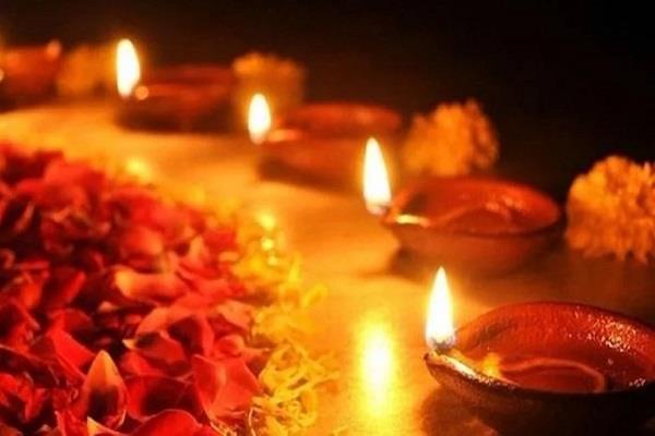 deepawali is not a festival of firecrackers it is a festival of diyas