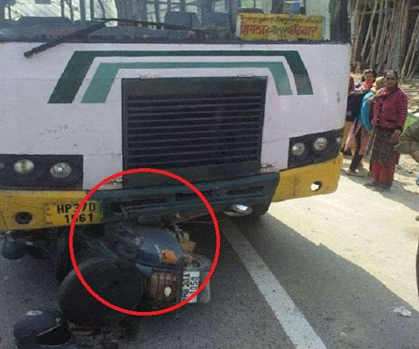 hrtc bus dragged scooty ex serviceman to 50 meters