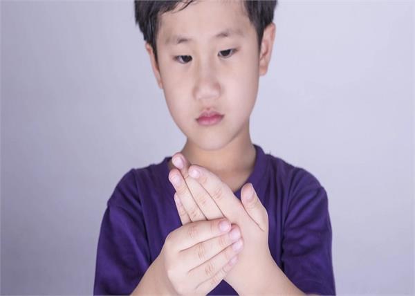विश्व अर्थराइटिस दिवस: सिर्फ बुजुर्ग ही नहीं, बच्चे भी हो रहे हैं इस बीमारी के शिकार