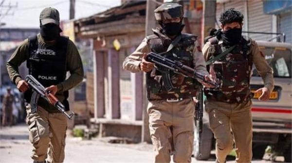 5 terrorists sighted along indo nepal border