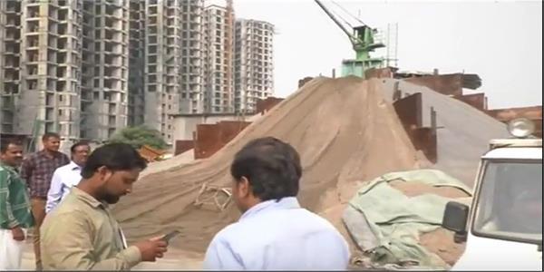 noida district administration run illegal illegal crusher plant