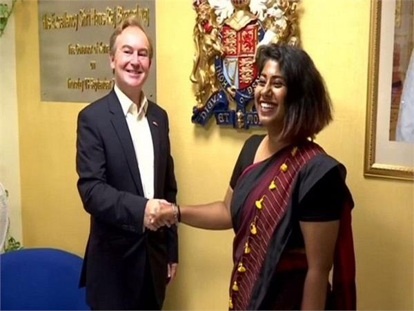 एक दिन के लिए ब्रिटिश डिप्टी हाई कमिश्नर बनीं भारत की छात्रा अंबिका