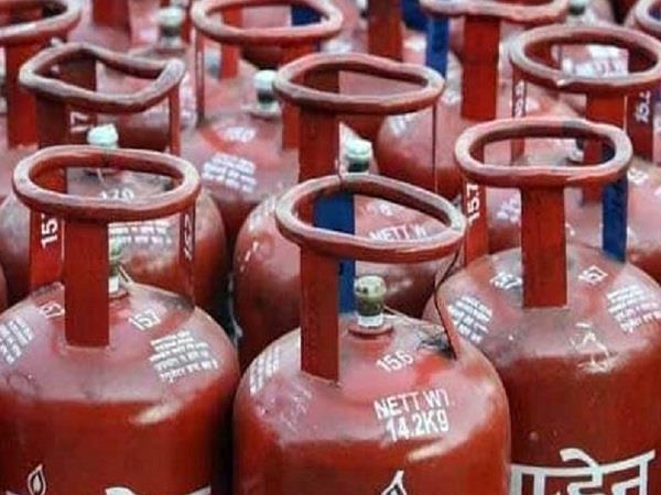 crime branch raids in bjp leader s gas agency