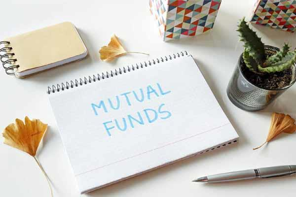 mutual fund companies raised more than rs 49 000 crore in 6 months from sip