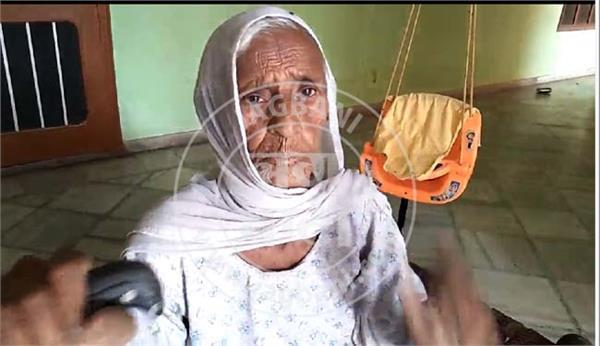 100 year old woman giving competition to young generation
