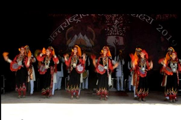 folk dance contributes significantly to the promotion of kullavi culture