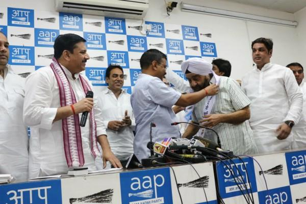 parlad singh sawhney joins aap