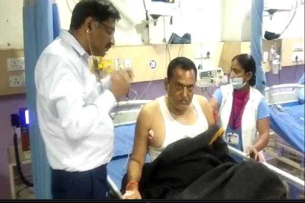 bjp leader suffered heart attack hospitalized late at night