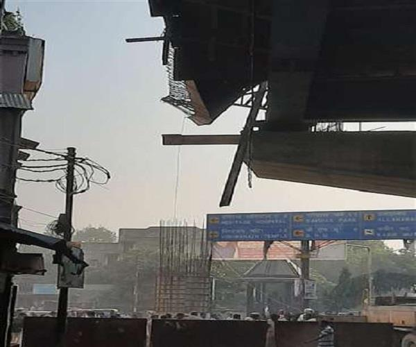 flyover under construction again fall in varanasi