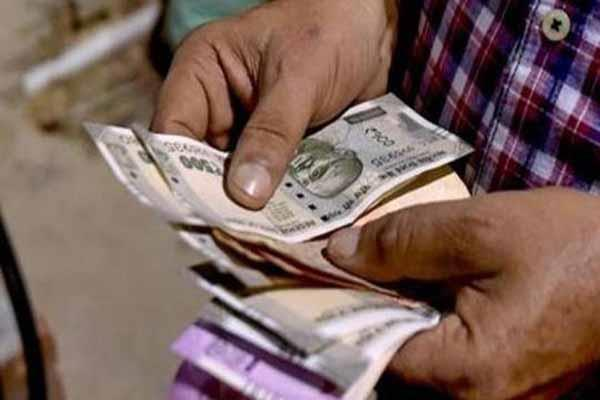 fpi withdraws rs 6 200 crore from domestic capital market so far in october