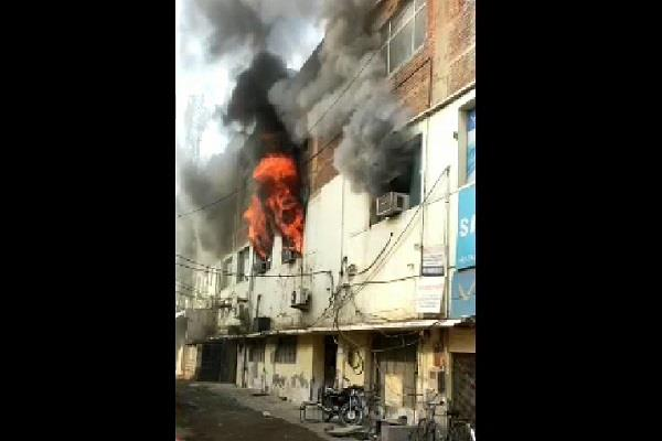 terrible fire in mobile company s office electronic goods burnt to ashes