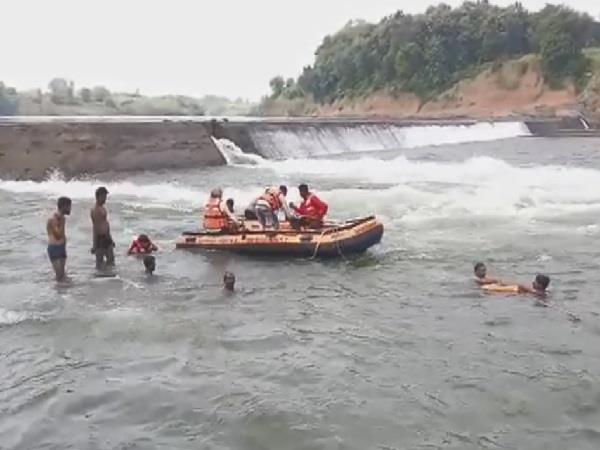 young man drowned in foot stop slip of vyarma river