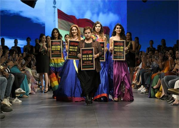 इंडिया रनवे वीकः बॉलीवुड एक्ट्रेसेज ने दिखाया ट्रेडिशनल जलवा, LGBTQ को किया समर्थन