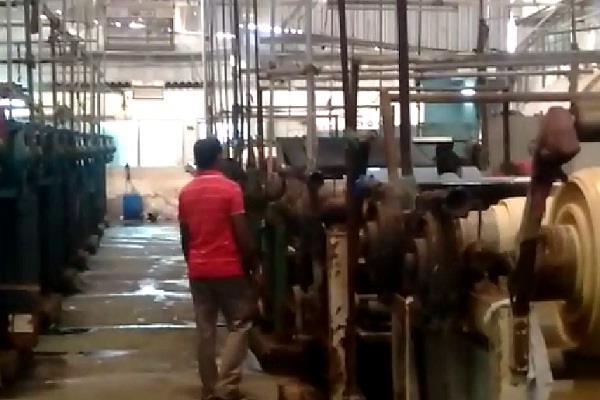 labour torture in faridabad company