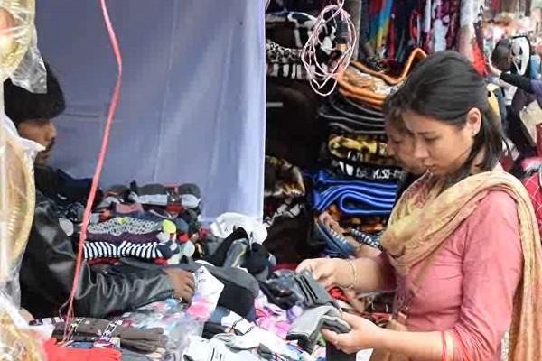 traders expect good trade in kullu dussehra festival