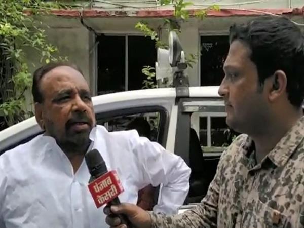 gopal bhargava ataks on congress