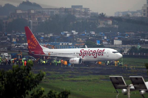 spicejet plans to operate large size aircraft from next year