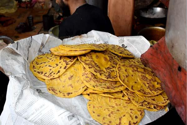 people crazy for maize bread in kullu