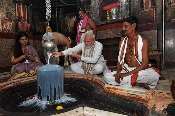 vijayanath jyotirlinga devasthan arrives to worship pm modi