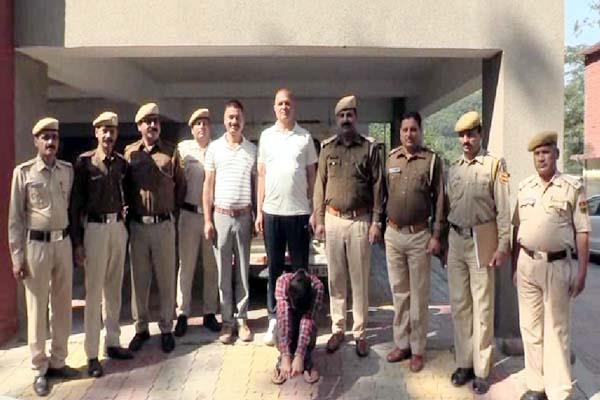 heroin smuggler sent to police remand