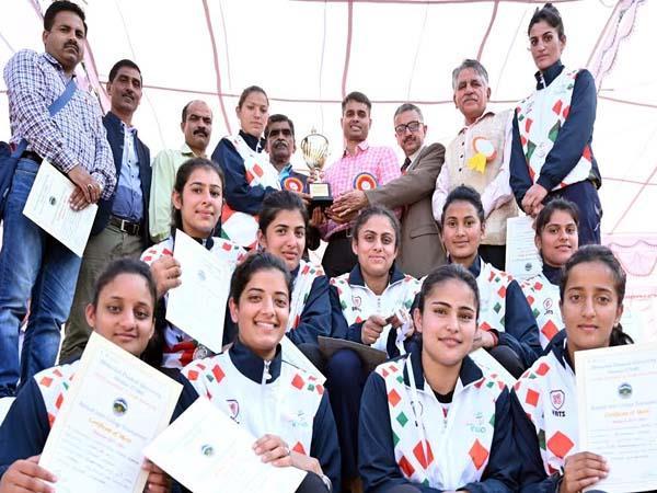 bilaspur won the trophy of women inter college kabaddi championship