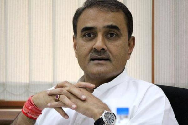 praful patel leaves ed office after 12 hours of questioning