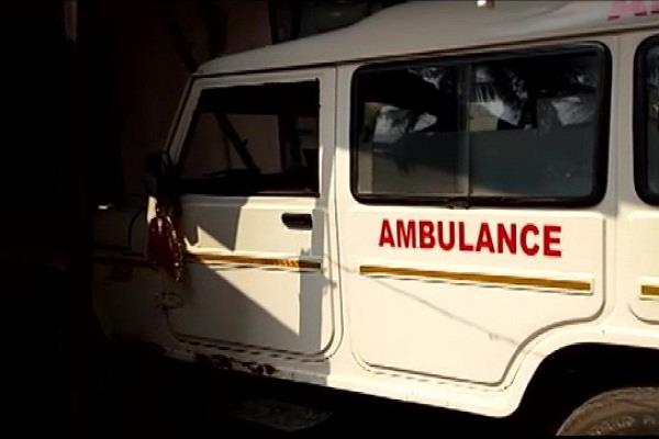 odisha ambulance oil carrying pregnant ends woman dies of pain