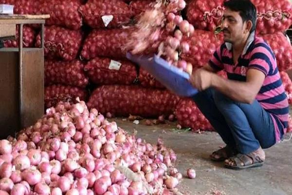 onion is crying again  sky high prices are not stopping