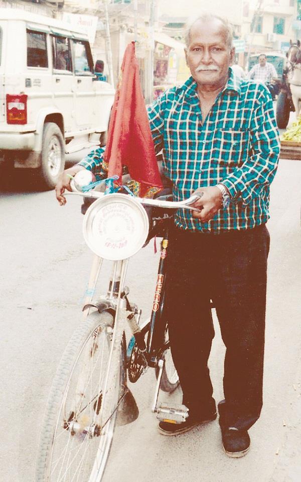 rajindra gupta set out on 126th visit to shri vaishno devi