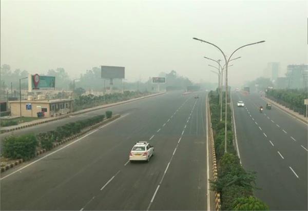 delhi aqi in severe category