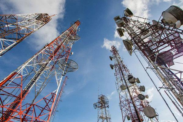 telecom companies get relief of 42000 crores spectrum payment