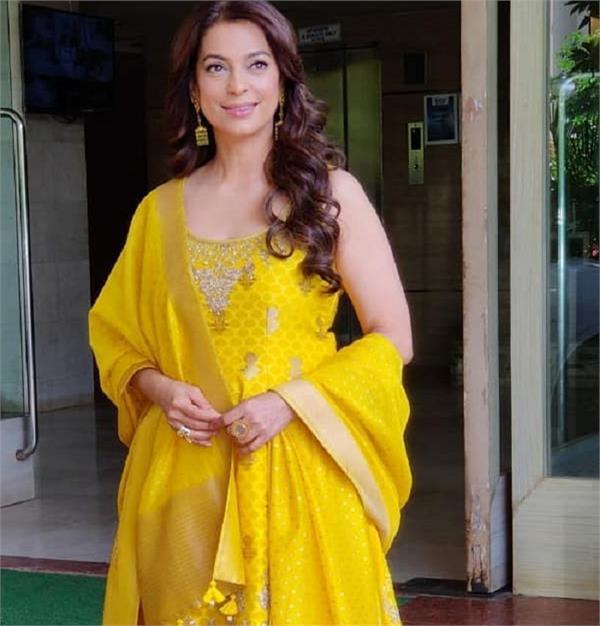 Fashion:अनीता डोंगरे की येलो ट्रेडिशनल ड्रेस में नजर आई जूही