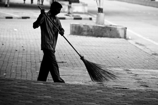 7000 engineers and graduates want to be sweeper application filled