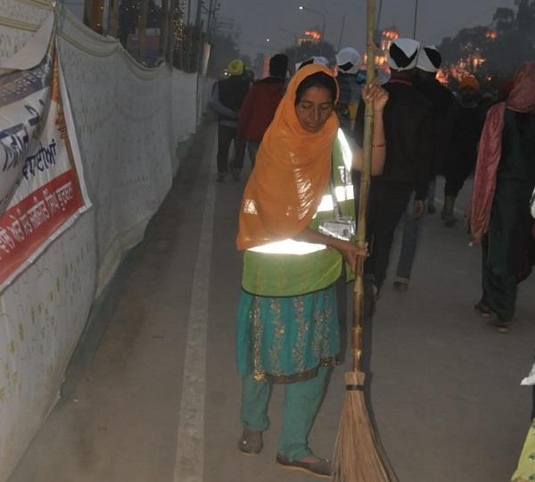 2500 sanitation workers providing services