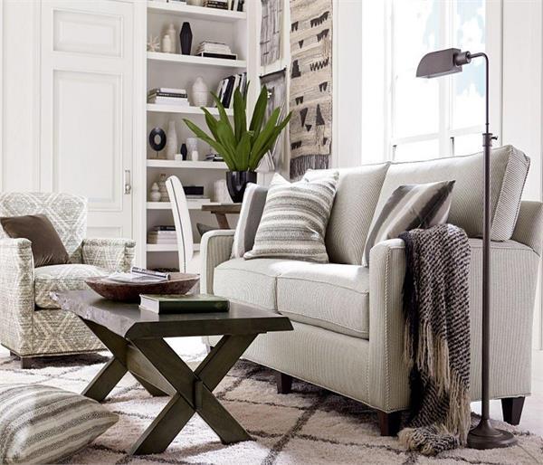 Vastu Tips: फर्नीचर में छिपा है घर की सुख-शांति का राज
